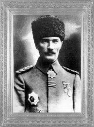 Mustafa Kemal'in Mirlivalığa (Tümgeneralliğe) yükselmesi (1 Nisan 1916)