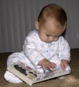 1269097241_kitap-okuyan-bebek